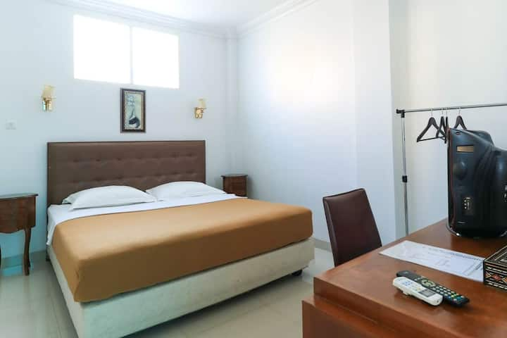 Superior Room in Losari at Ge JacMart Makassar