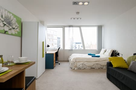 Swanky City Centre 8th floor Studio apartment - Liverpool - Apartamento