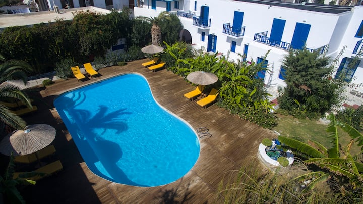 Double apartments bb with pool, Parikia - Paros!