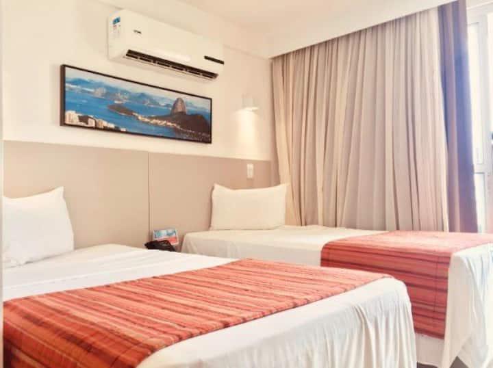 Suíte quarto de hotel total privacidade e conforto