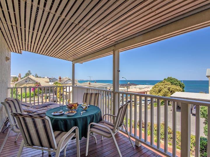 Apt. 7, Cottesloe Waters Views