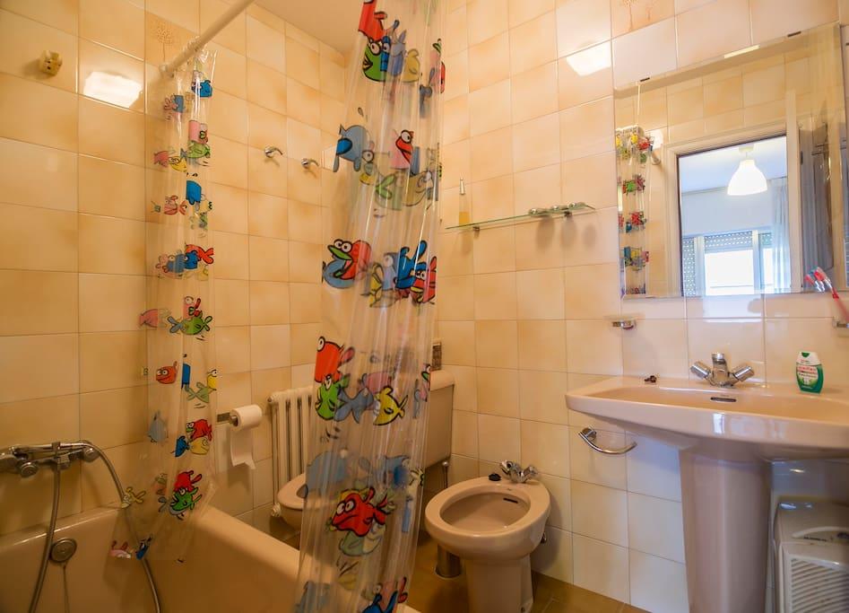 Precioso piso c ntrico en la villa de noia casas en for Inmobiliarias en noia