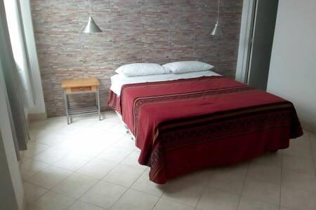 Hostal Fatima Huacho  habitación familiar