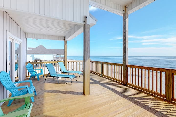 Spacious Gulf front home w/ spectacular sunrise & sunset views!