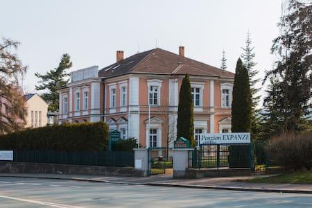 Penzion Expanze Jaroměř - Jaroměř
