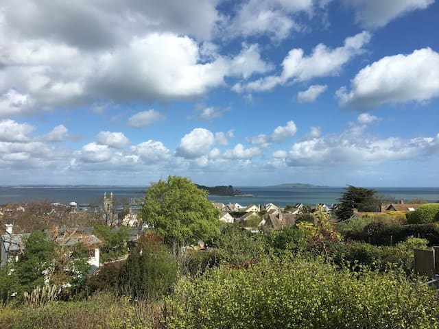 Stunning sea views in Howth - Dublin