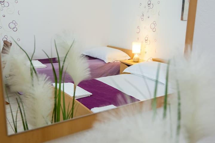 Beautiful Apartment Vesela 5