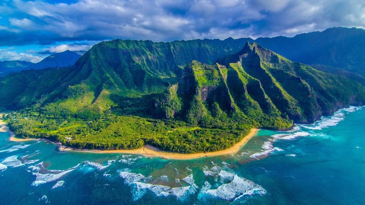 Lihue2417@ Oceanfront Resort Benefits Orphananges