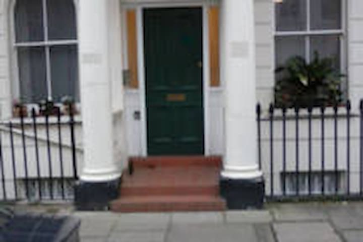 1830's single room in Pimlico - high ceilings - London - Apartment
