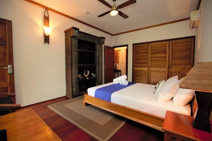 Bedroom two Queen suite