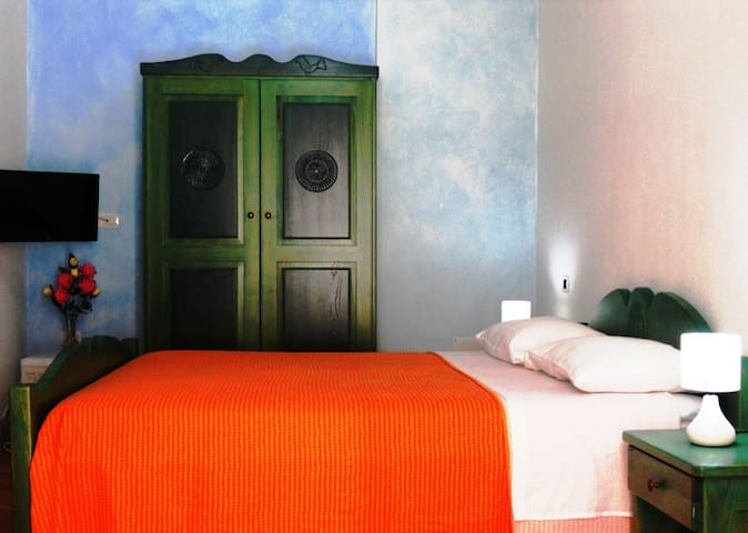 B&b Arena Bianca   (URL HIDDEN) - La Caletta - Bed & Breakfast