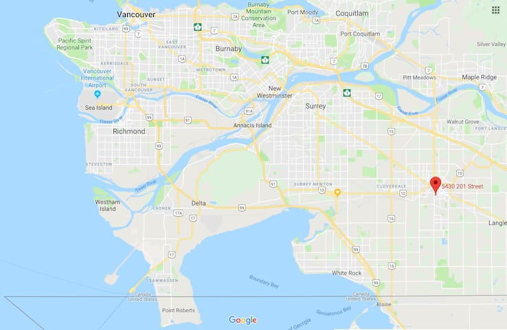BEST Location in the CENTER_BC_FEATURES_TRIANGLE