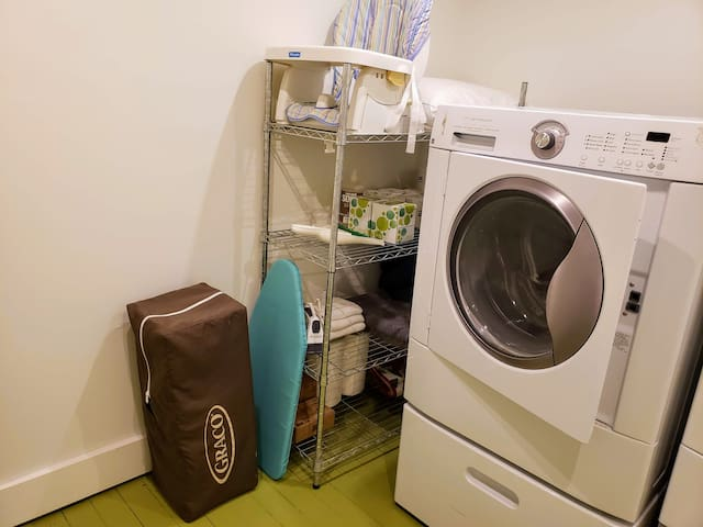 There is a booster seat and portable crib available for guest use, as well as an iron, and washer and dryer.