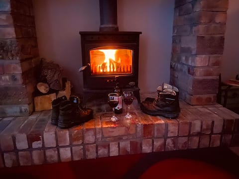 Cottage with fell views and log burner