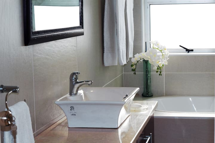 Yzerfontein Guesthouse