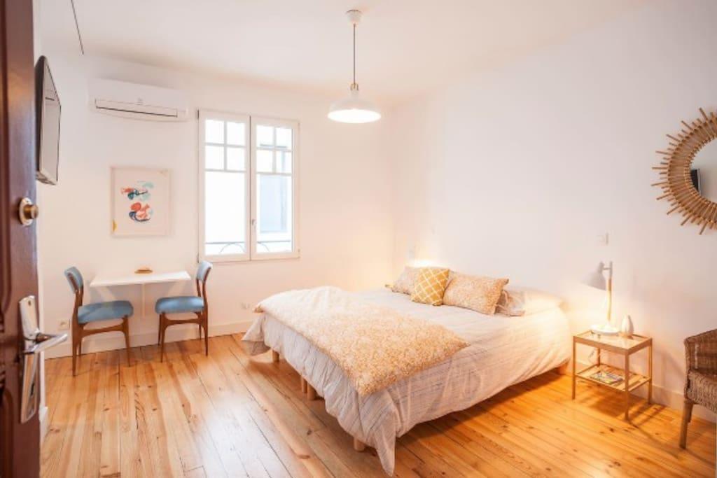 Studio dans atelier d 39 artiste 10km de l 39 oc an appartements loue - Atelier d artiste a louer ...