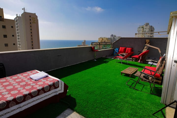 Amazing sea view penthouse with roof balcony