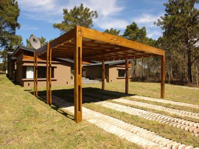 Amplia Casa sobre el Golf - 4 Dormitorios - Cariló - House