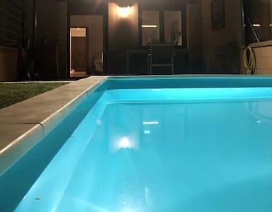 Chalet con piscina en Mata de Quintanar