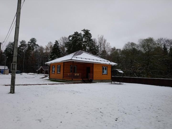 """Дачный отель """"Лесные поляны"""" коттедж №11"""