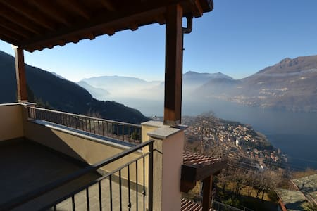 Lake Como independent house, Incredible Lake view - Vestreno - Casa