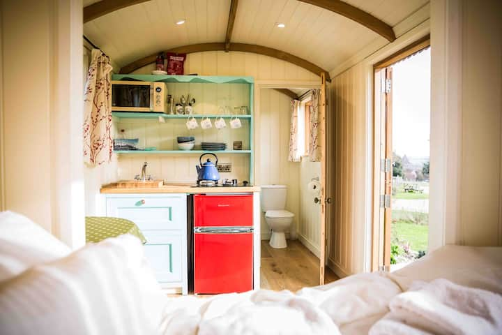 Mill Laine Farm Shepherds Huts - Blue Hut