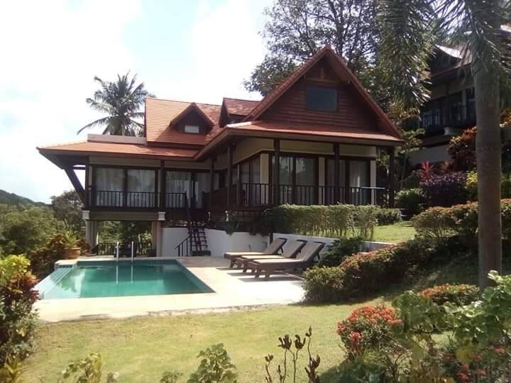 Baan Fah Sai Luxury Villa