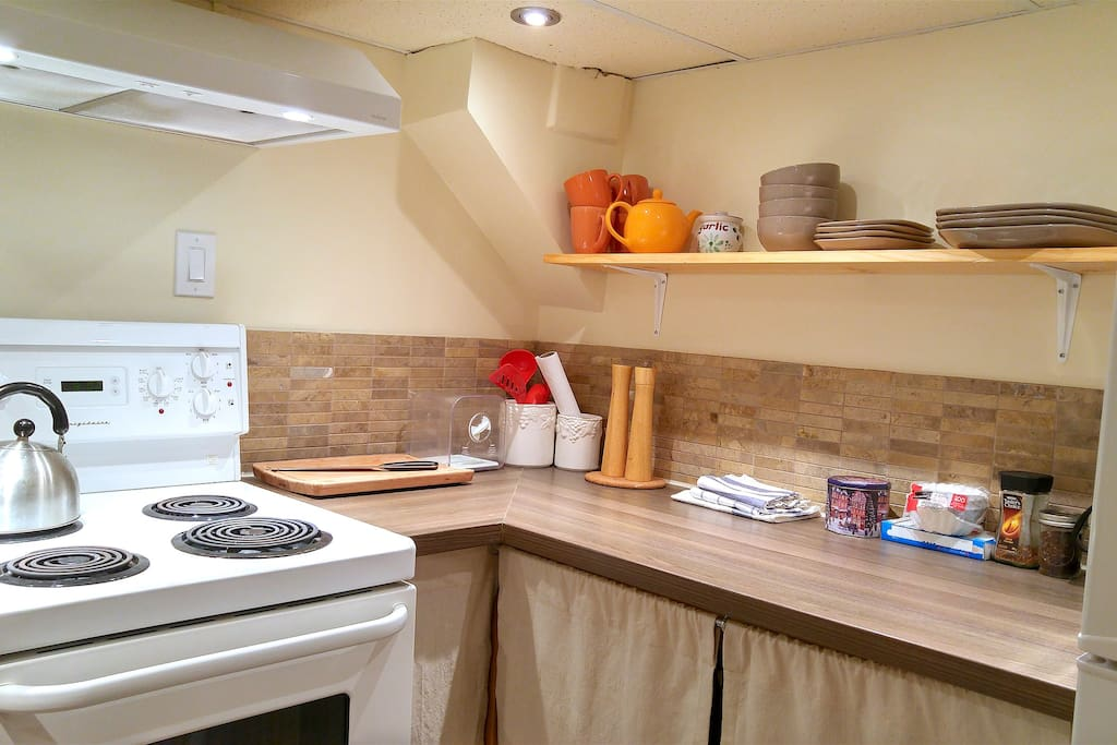 New dishware set with all basic cooking utnesils