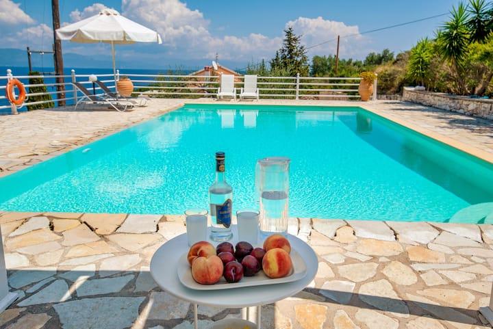 Stelios -Kantada Villas- Seaside Villa Shared Pool