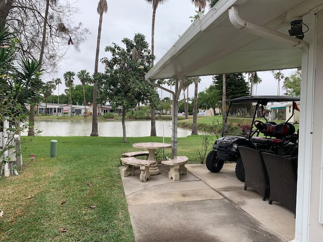 Relaxing Golf Course Setting, River Bend Resort
