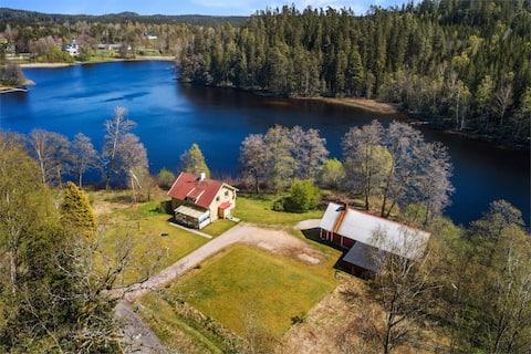 Villa på egen udde 14min ifrån Ullared.