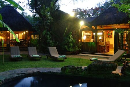 Kaia Tani Exclusive Guest House **** - Phalaborwa - Bed & Breakfast
