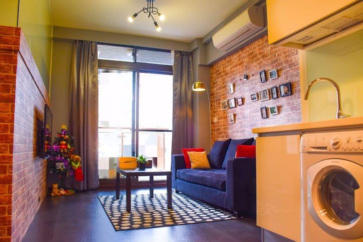Le Humble @ Wanhua Brand-New MRT LOFT House(1~6 人)