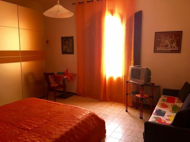 La Corte b&b - camera tripla 'aragosta' - Fontane Bianche - Bed & Breakfast
