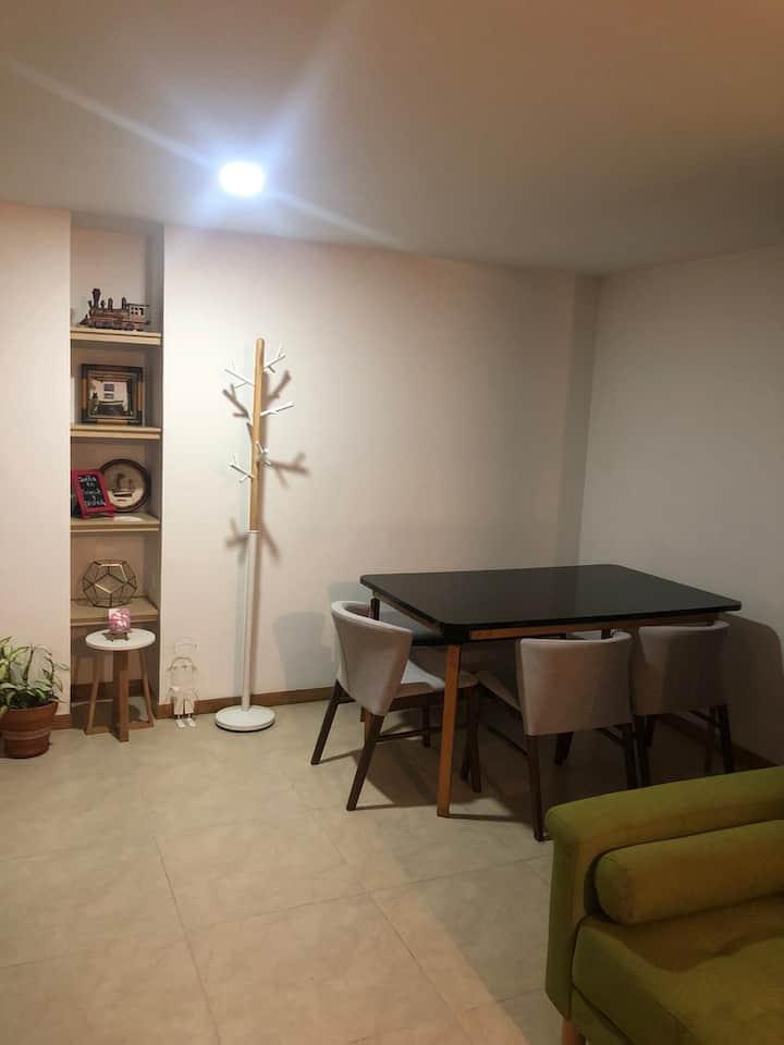 Apartamento moderno completamente amoblado