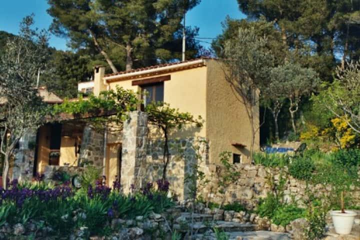 Studio de charme + terrasse : Verdon, lac, plages