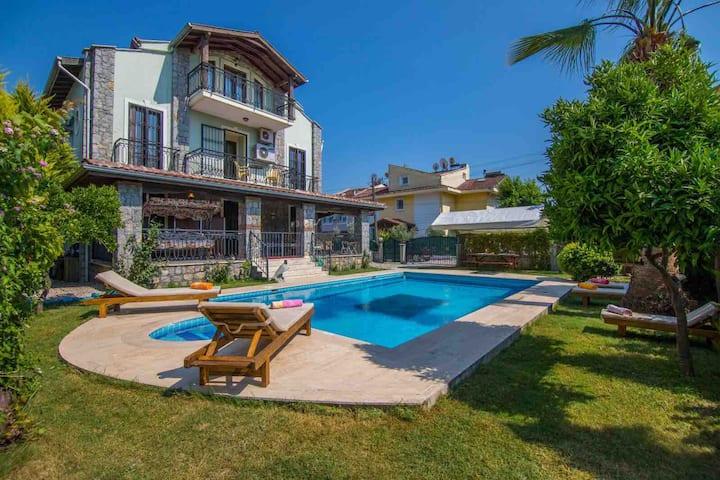 Villa Alyada