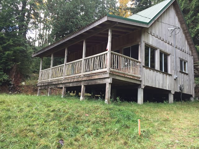 Gambier Island retreat - New Brighton - Cabin