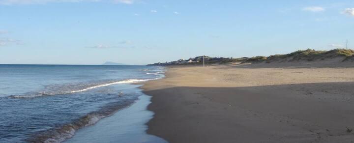 Amplio adosado cerca de la playa de Mareny Blau