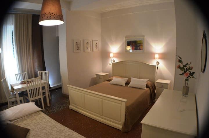 AL 171 Suite apartment (1-4p)