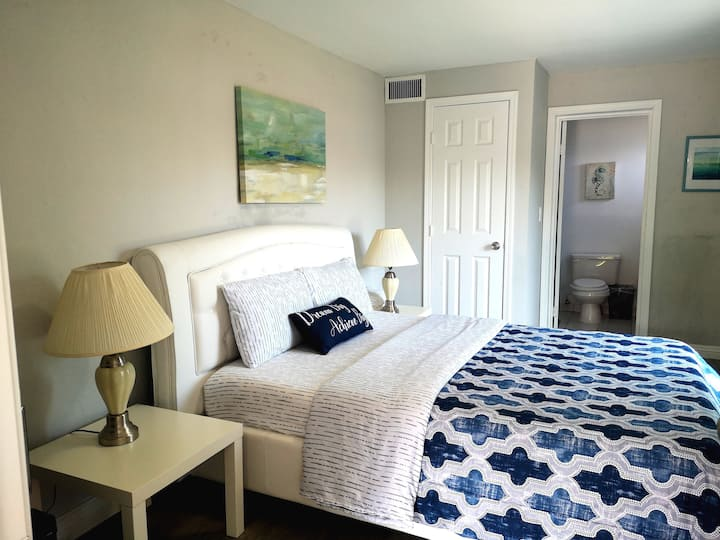 Pasadena deluxe Suite#1 private bathroom豪华一房一厅独立出入
