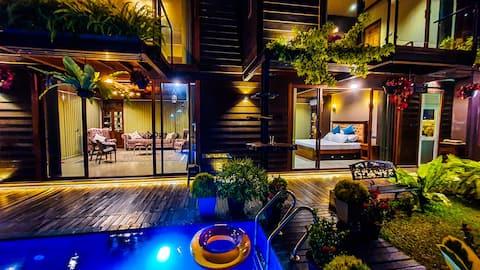 PentOn45 - Luxury Penthouse Apartment