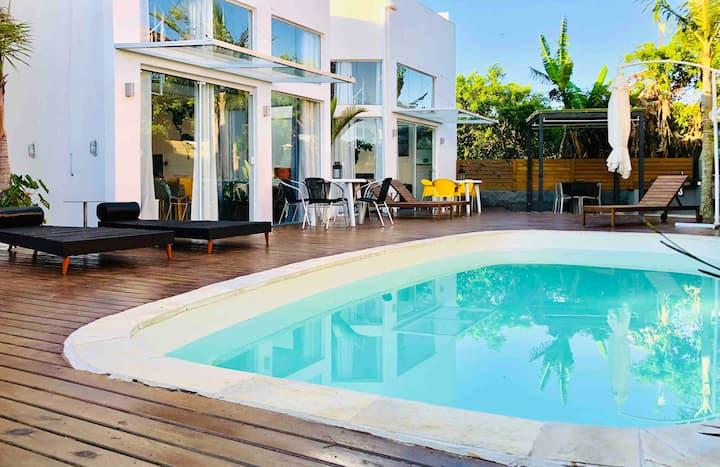 No2 Casa de Praia com Piscina/ Stylish Beach House