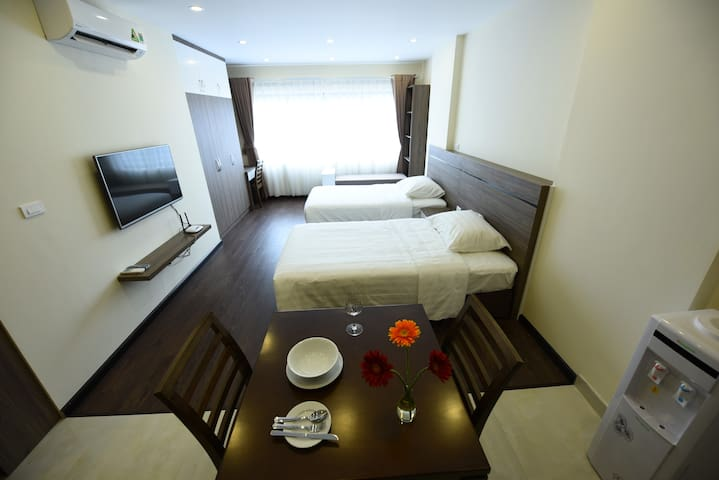 ☆☆☆ Cozy Serviced Apartment with Twin Room - Nghĩa Tân - Rumah