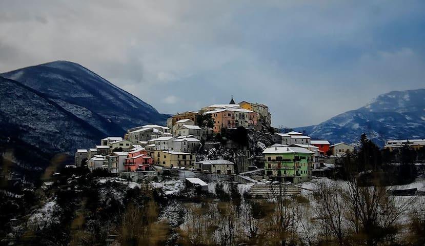 Accogliente casa in collina - Colli a Volturno - House