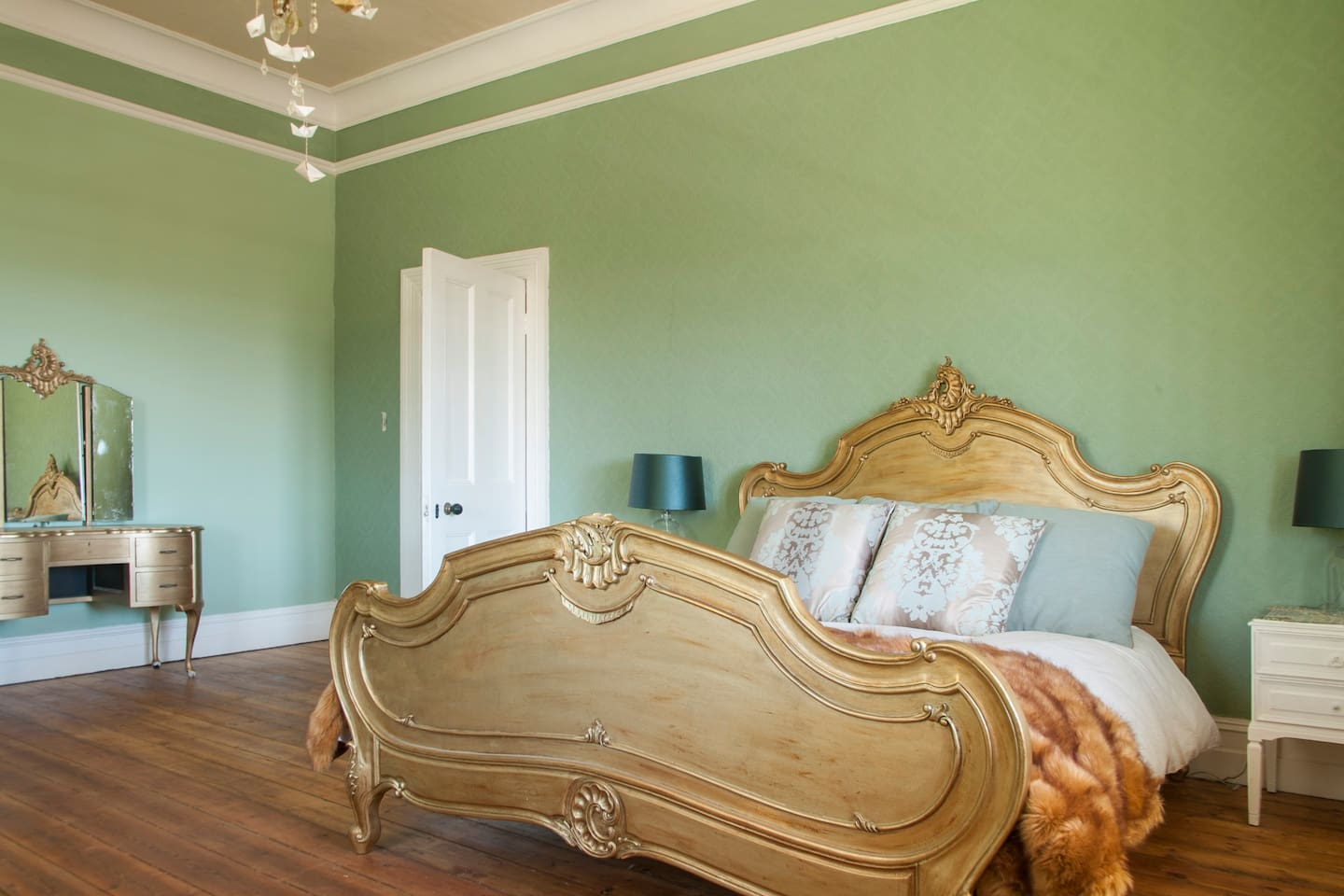 old queen bed