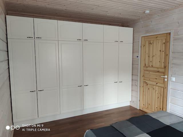 Шкаф в спальне 1/ Wardrobe in the bedroom 1