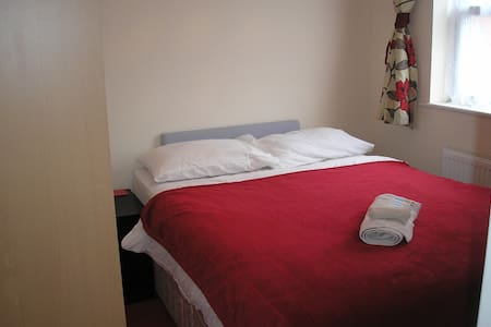 Seaside Retreat Bispham Blackpool, very near tram - Blackpool - Rumah