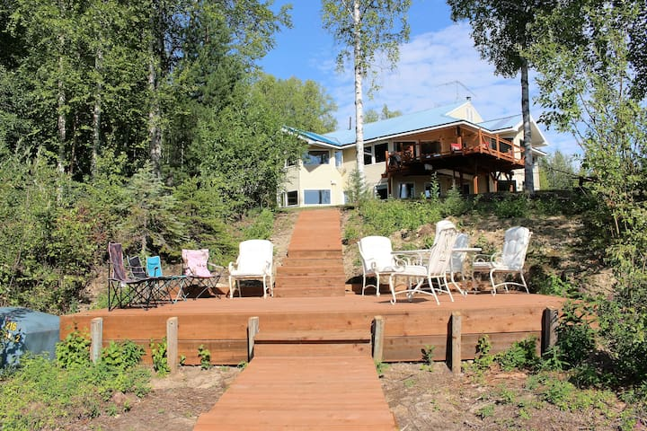 Lakefront B&B Willow Alaska, sleeps up to 22 - Willow