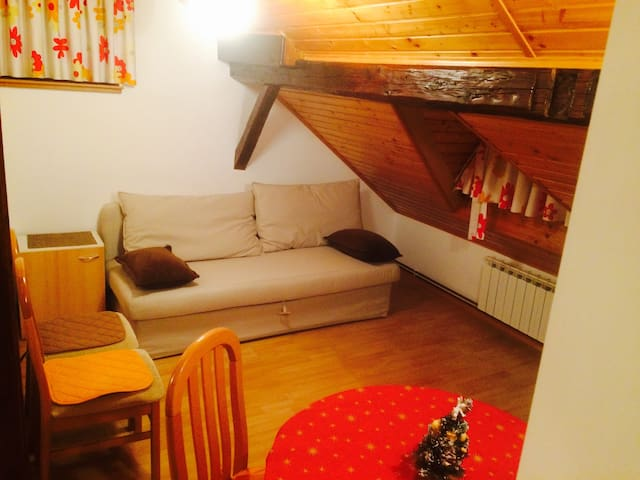 Mountain touch in city center - Krapinske Toplice - Wohnung